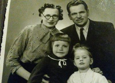 Ģimene 1955.